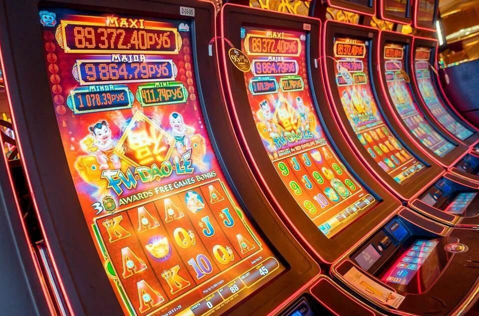 онлайн бесплатно играть в казино